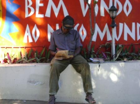 Jaimito no Centro Social da Rádio Moçambique